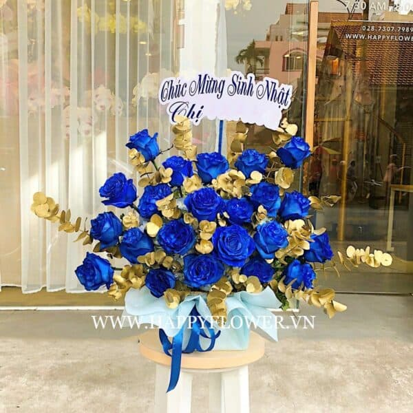 HỘP HOA BLUE ECUADOR MIX GOLD LEAF