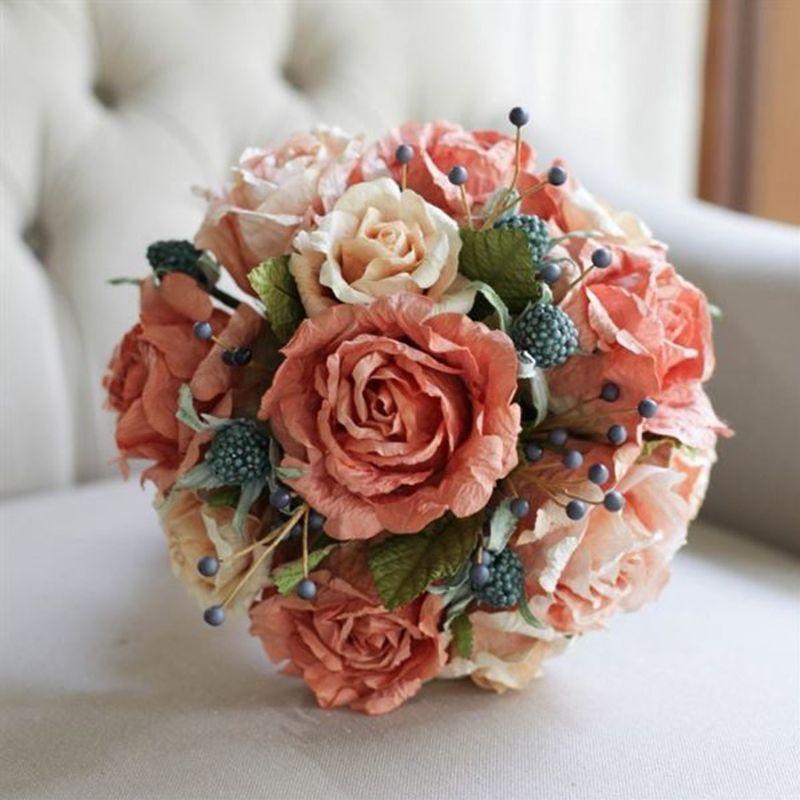bó hoa cưới cầm tay bằng giấy
