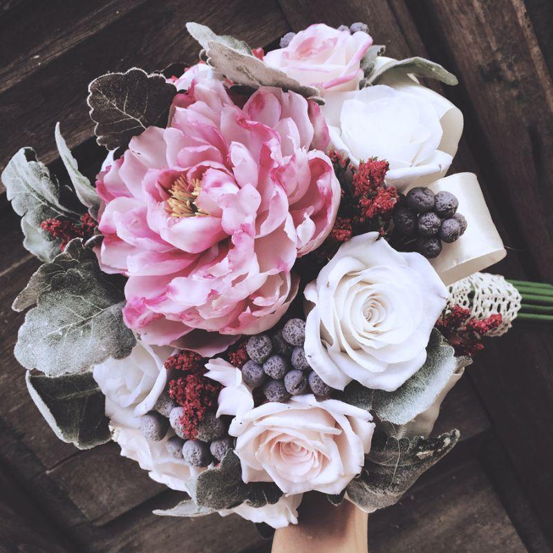 tự bó hoa cưới cầm tay bằng hoa đất sét