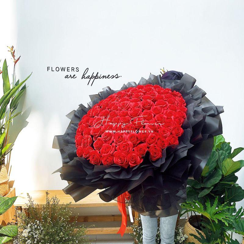 bó hoa hồng đỏ giấy đen lớn