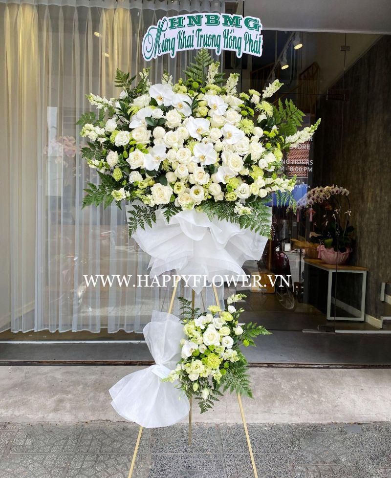 kệ hoa mừng ngày đám cưới tông trắng