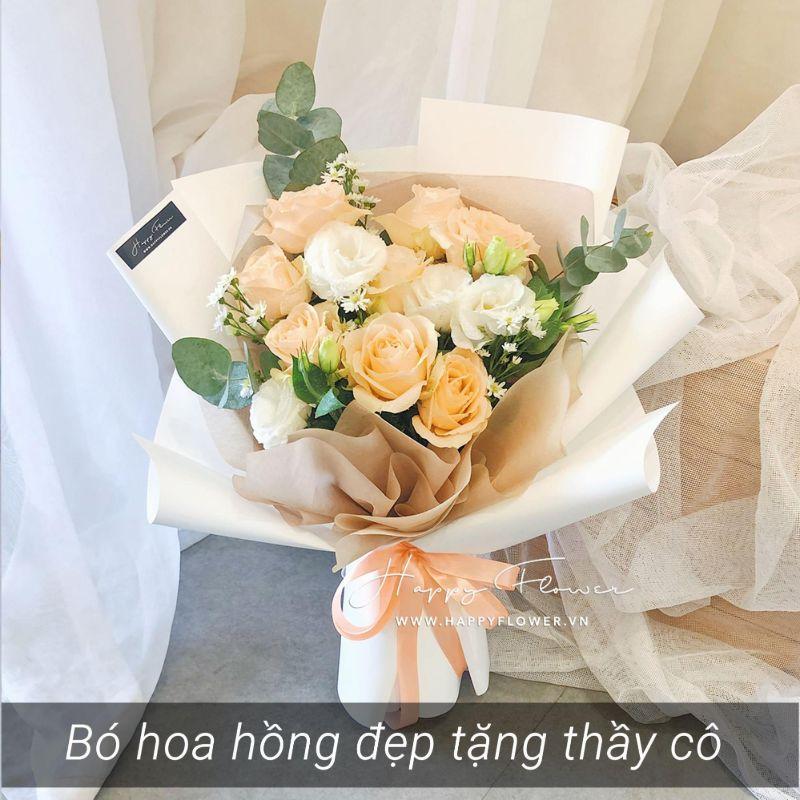 bó hoa hồng vàng mix trắng