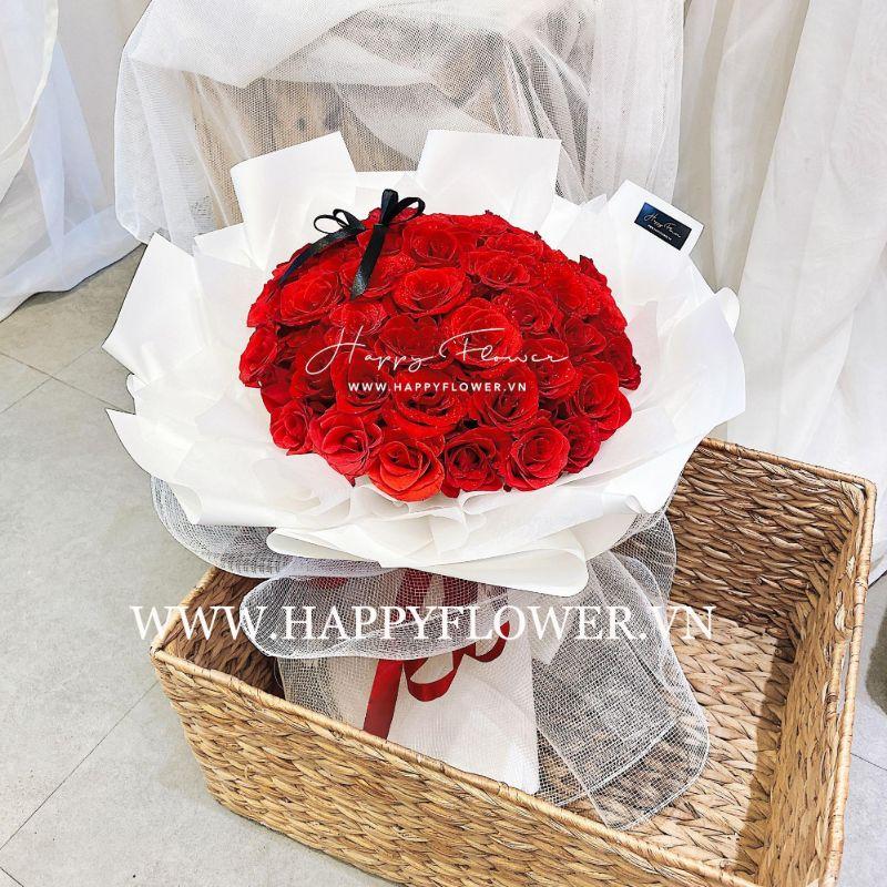 bó hoa hồng đỏ gói giấy trắng