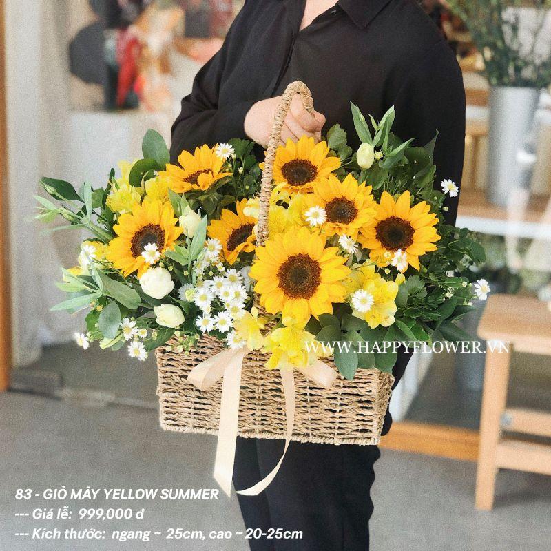 giỏ hoa hướng dương màu vàng