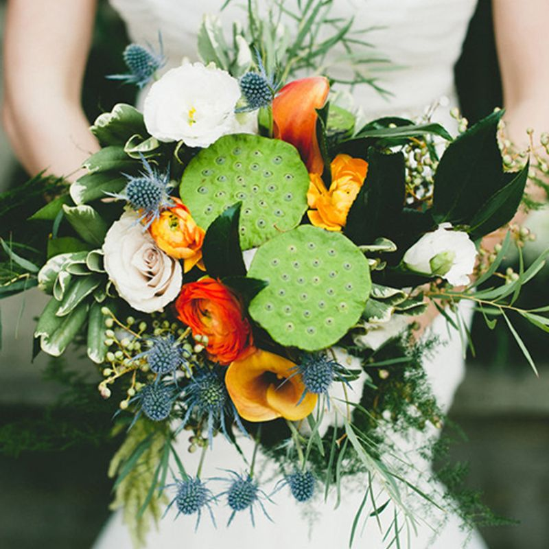 bó hoa cưới mix đài sen