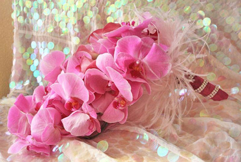 bó hoa cưới lan hồ điệp dáng dài