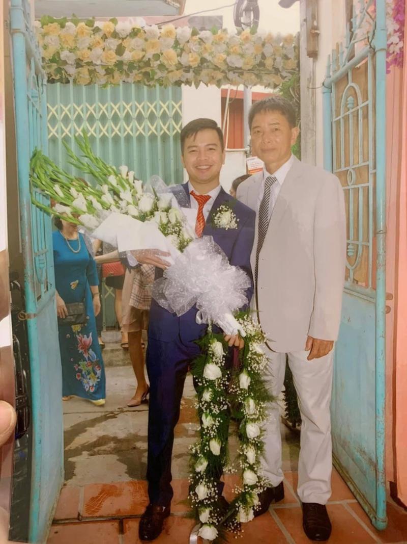 Bó hoa cưới dáng dài thời xưa