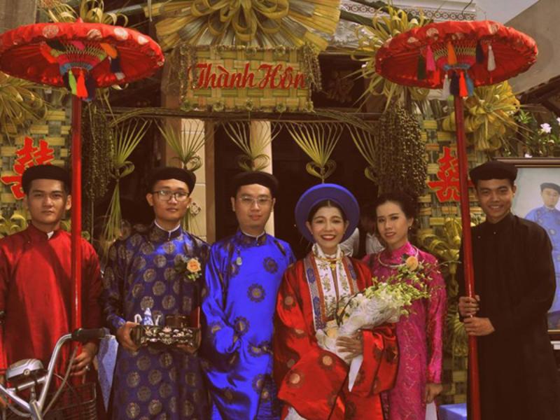 Bó hoa cầm tay ở đám cưới ngày xưa