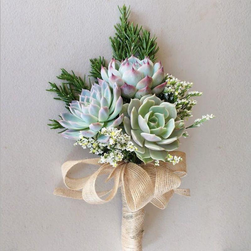 bó hoa cưới cầm tay sen đá