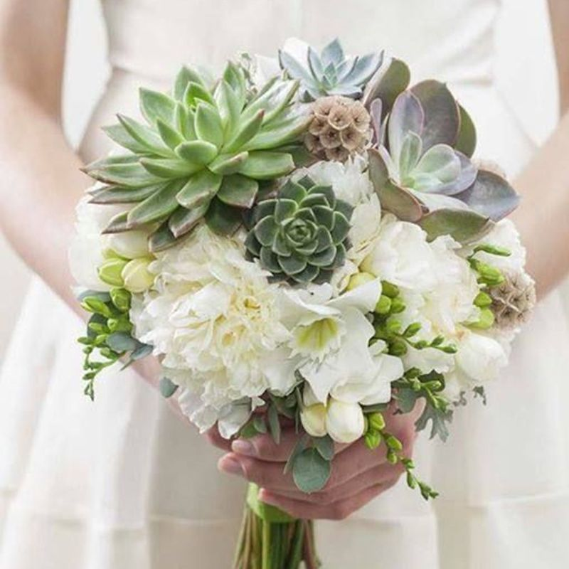 bó hoa cưới làm bằng sen đá