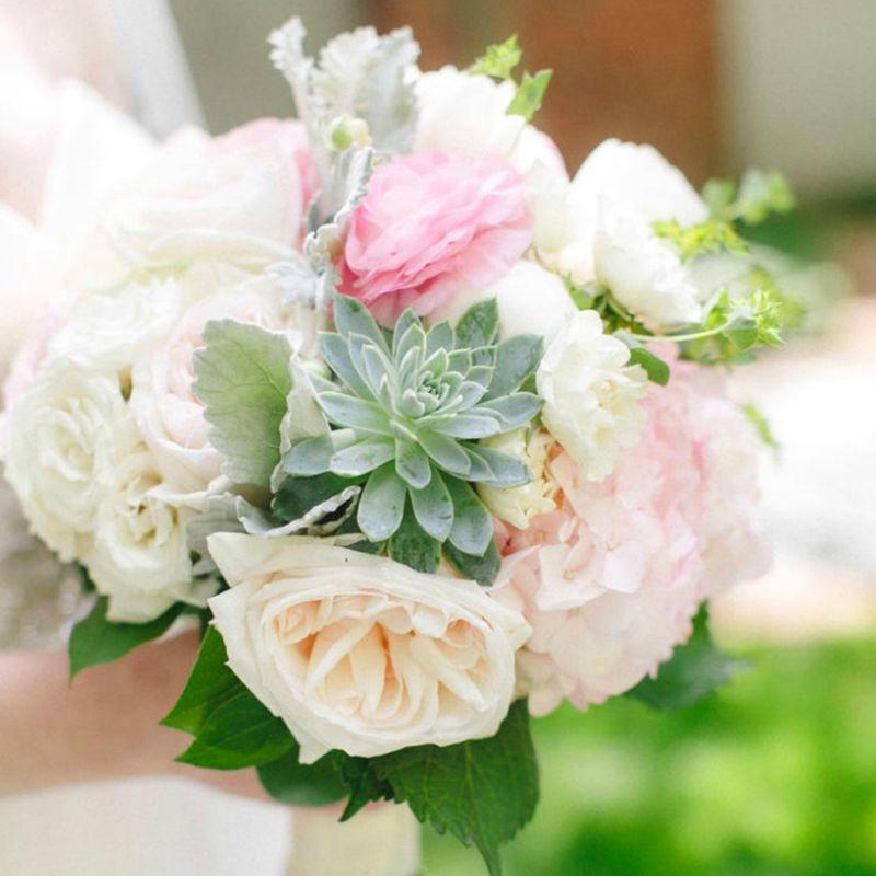 hoa cưới sen đá mix hoa hồng