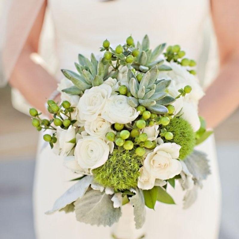 bó hoa cưới sen đá mix hoa hồng trắng