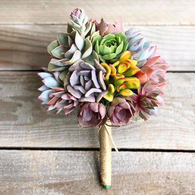 bó hoa cưới sen đá cầm tay