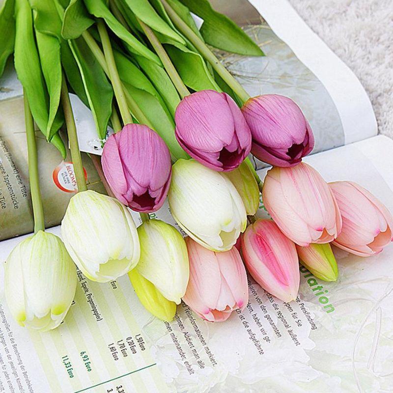 bó hoa tulip nhiều màu