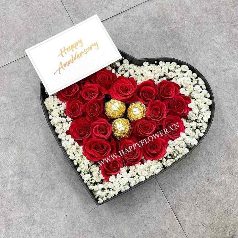 hộp hoa hồng đỏ trái tim mix hoa baby