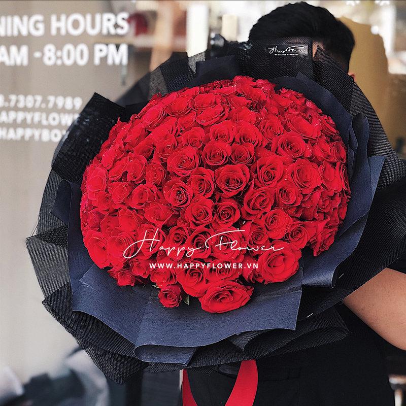 bó hoa sinh nhật khổng lồ hoa hồng đỏ rực rỡ