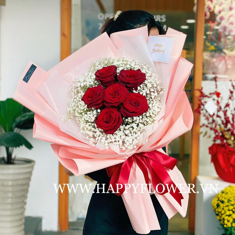 bó hoa sinh nhật khổng lồ hoa hồng đỏ mix hoa baby trắng