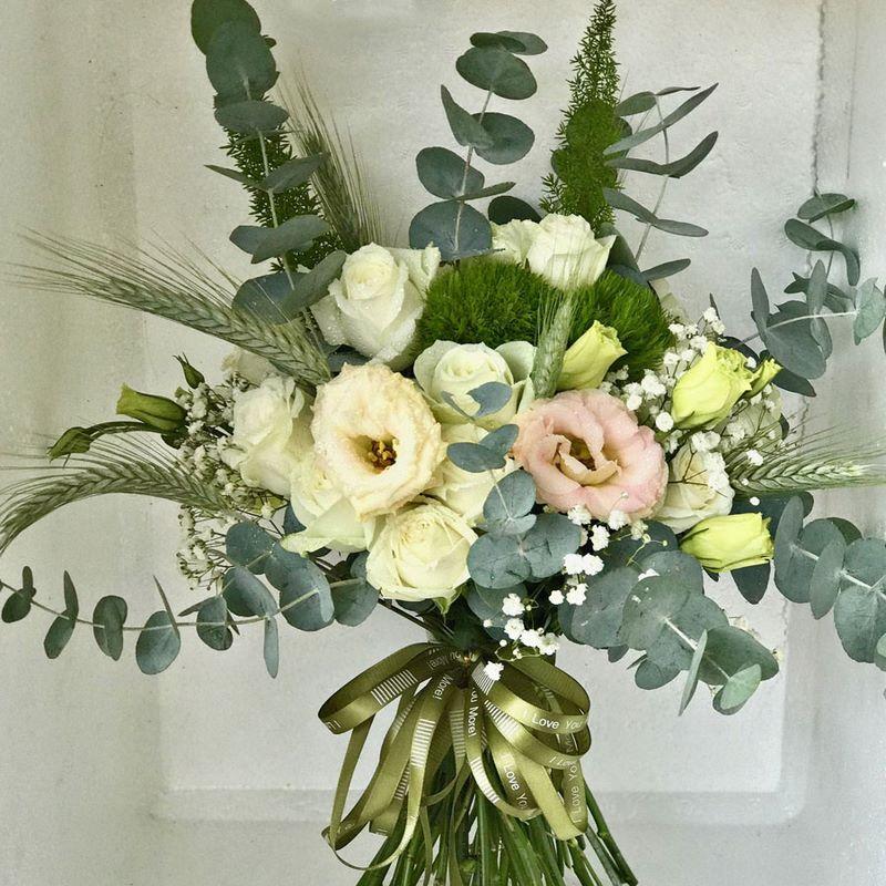 bó hoa cưới hoa hồng xanh nhạt đẹp