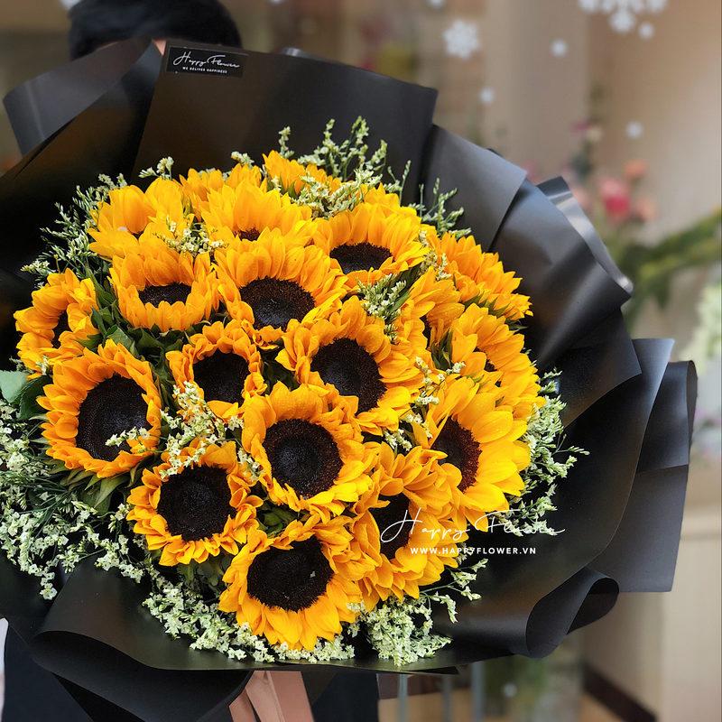 Bó hoa hướng dương vàng rực rỡ. Có mấy loại hoa hướng dương