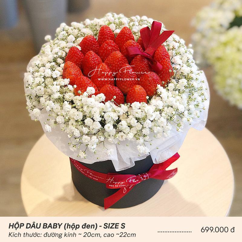 Hộp hoa ăn được dâu tây mix hoa baby trắng