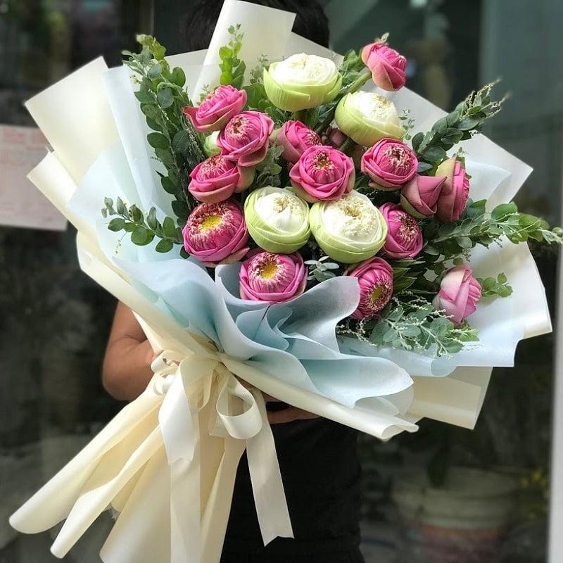 bó hoa sen hồng đơn giản
