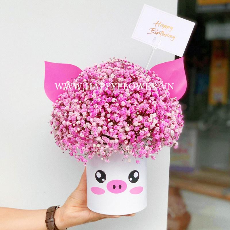 hộp hoa baby tím hình con heo đáng yêu