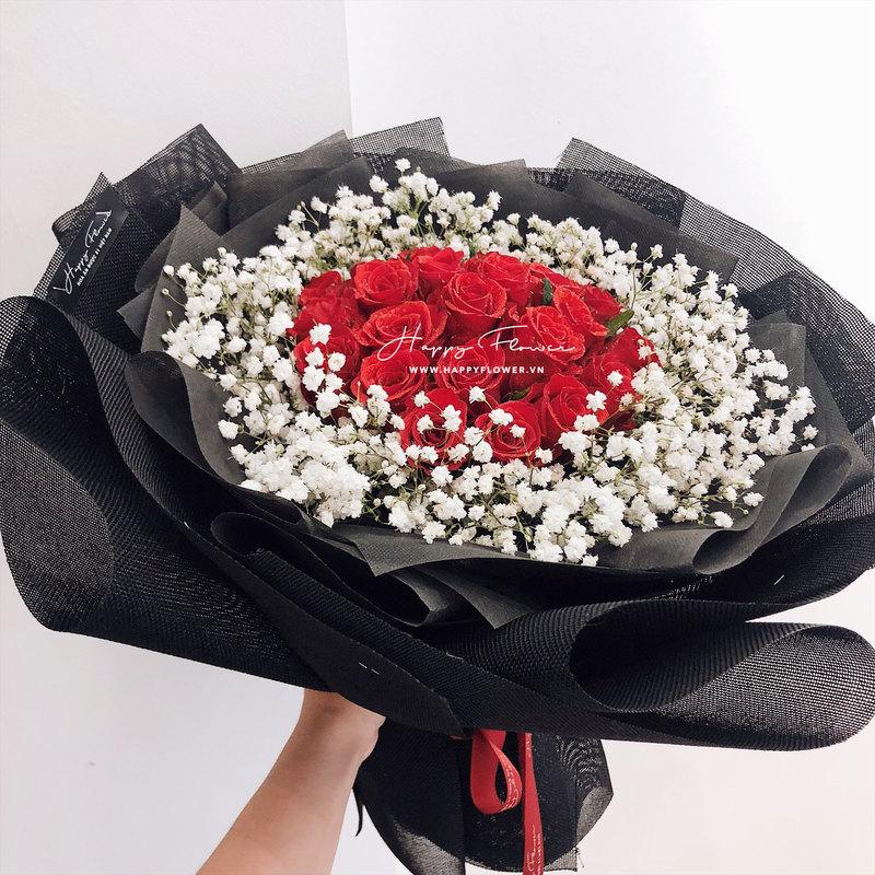 bó hoa chúc mừng hoa hồng đỏ mix hoa baby trắng