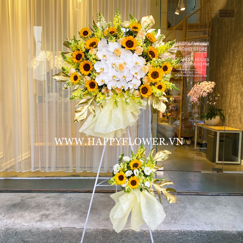 lẵng hoa hướng dương mix lan hồ điệp trắng 2 tầng