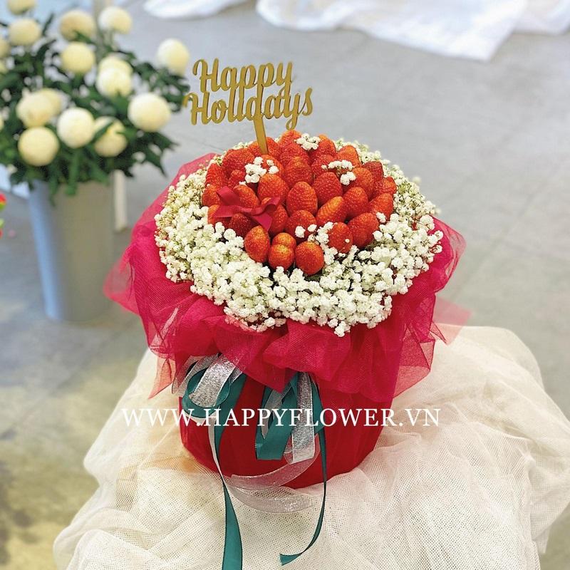 hộp hoa dâu tây ăn được mix hoa baby trắng