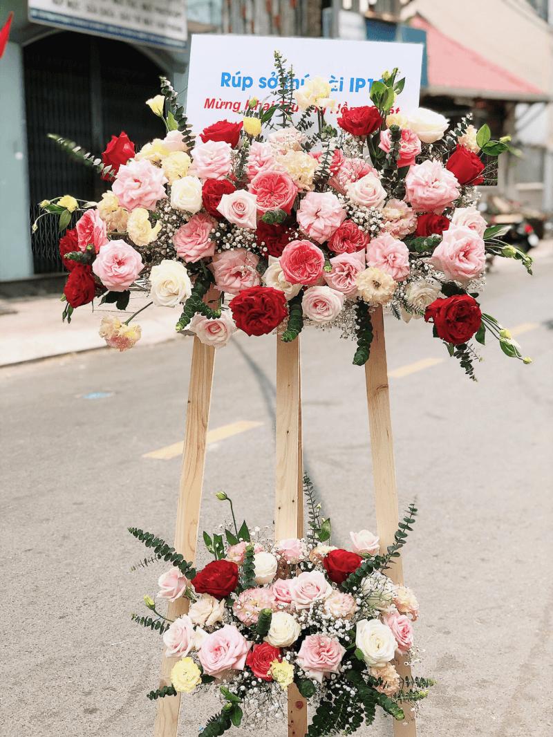 kệ hoa hồng 2 tầng phối nhiều màu