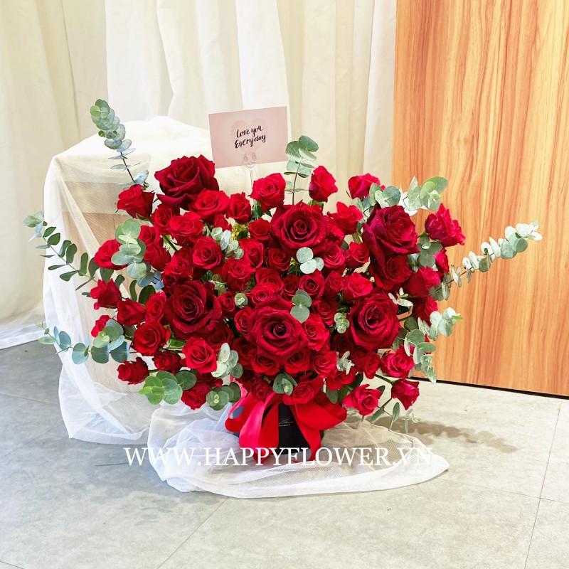 Bó hoa hồng đỏ rực tặng khai trương