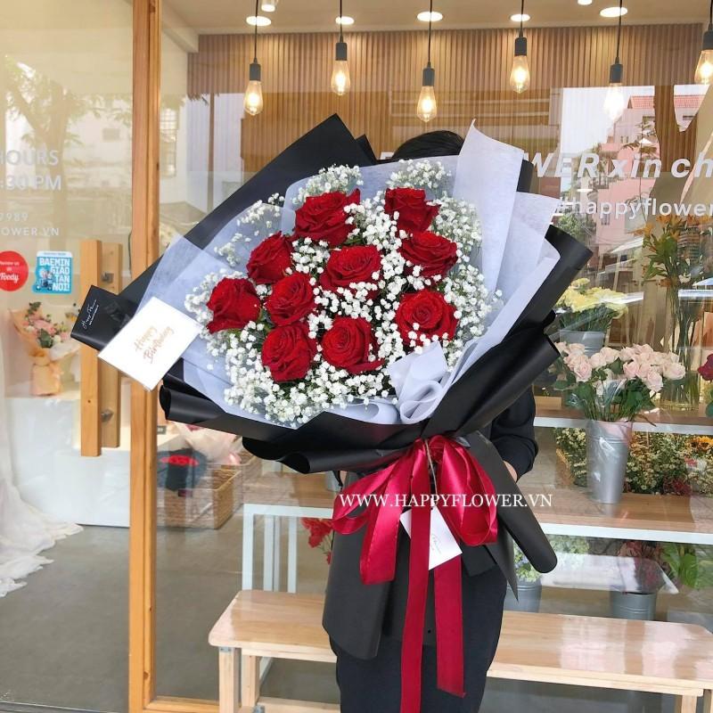 Hoa hồng đỏ kết hợp hoa baby trắng
