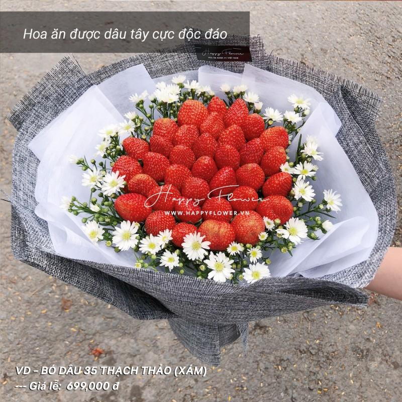 hoa ăn được dâu tây phối hoa thạch thảo