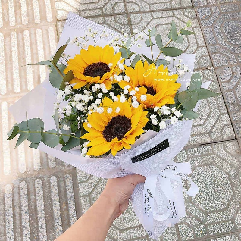 bó hoa hướng dương màu vàng chúc mừng sinh nhật
