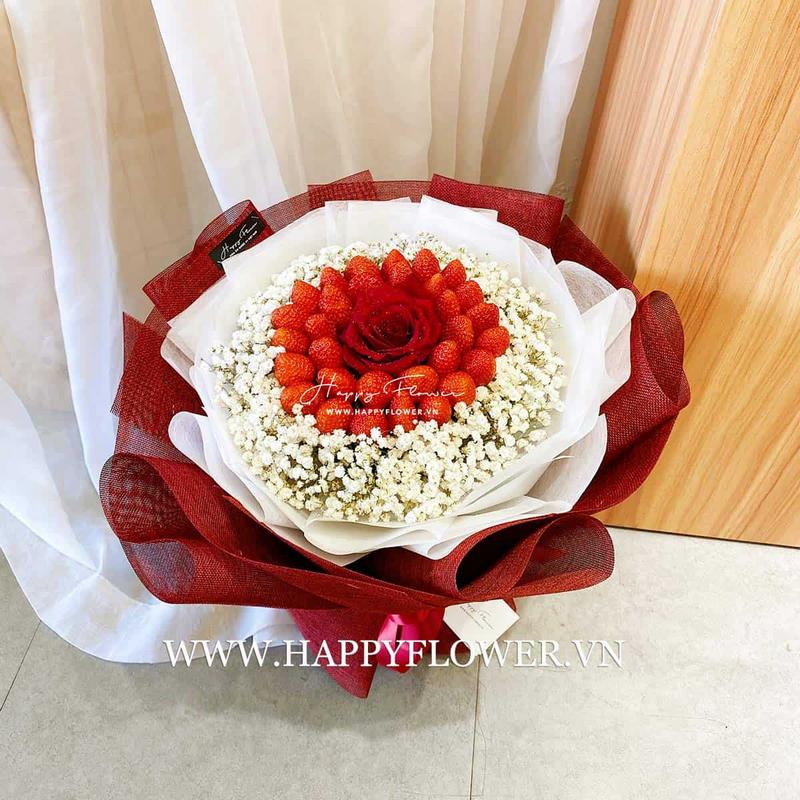 Hoa dâu tây kết hợp hoa baby