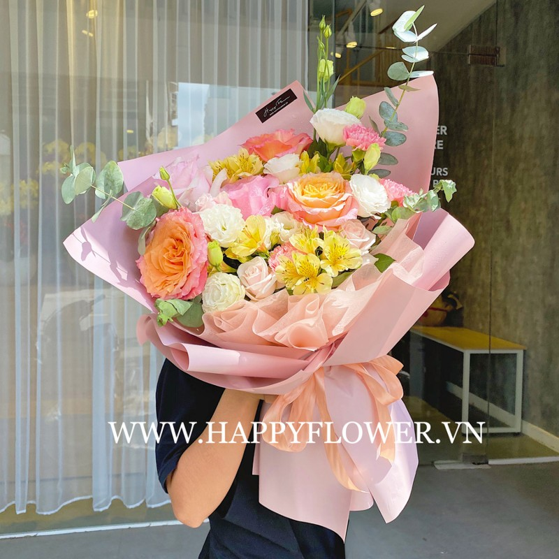 Đóa hoa hồng nhiều màu sắc tặng em gái