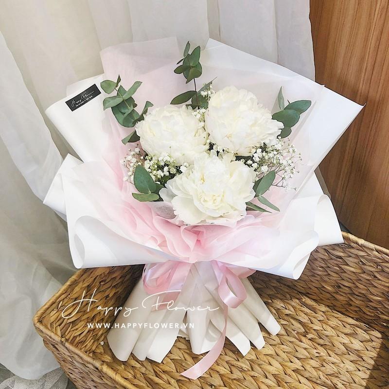 bó hoa mẫu đơn trắng mix hoa baby chúc mừng sinh nhật mẹ