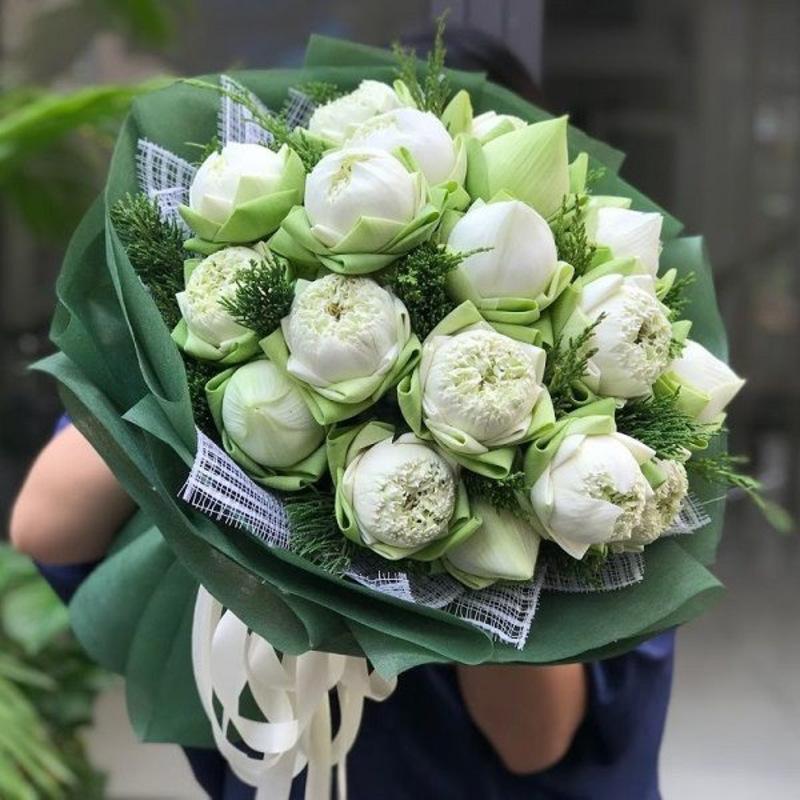bó hoa sen chúc mừng sinh nhật mẹ