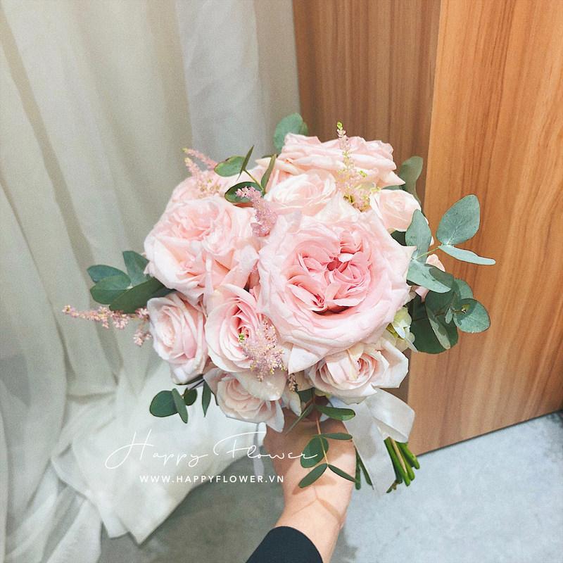 hoa cưới cầm tay hoa hồng đơn giản