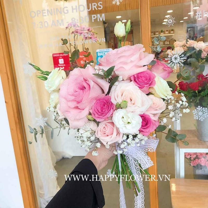 bó hoa cát tường phối hoa hồng