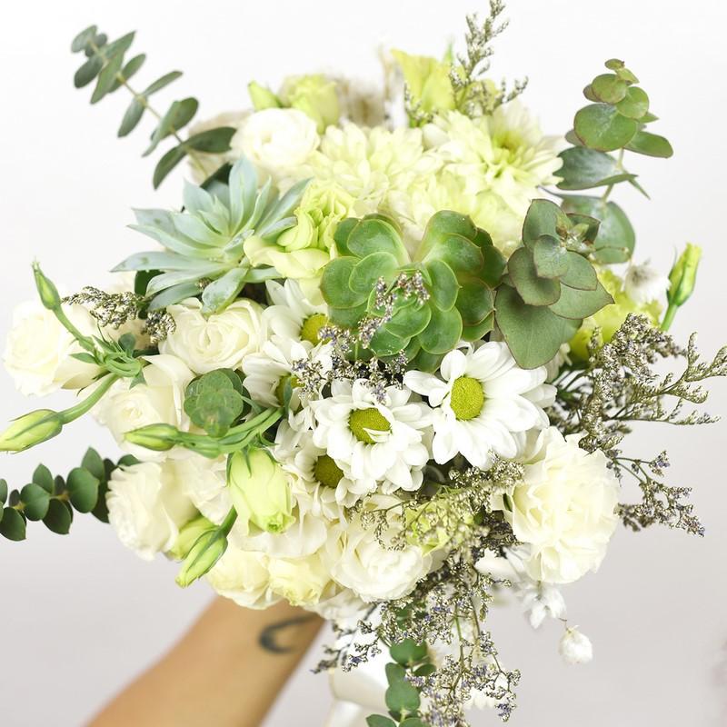 hoa cẩm tú cầu màu vàng trắng phối sen đá