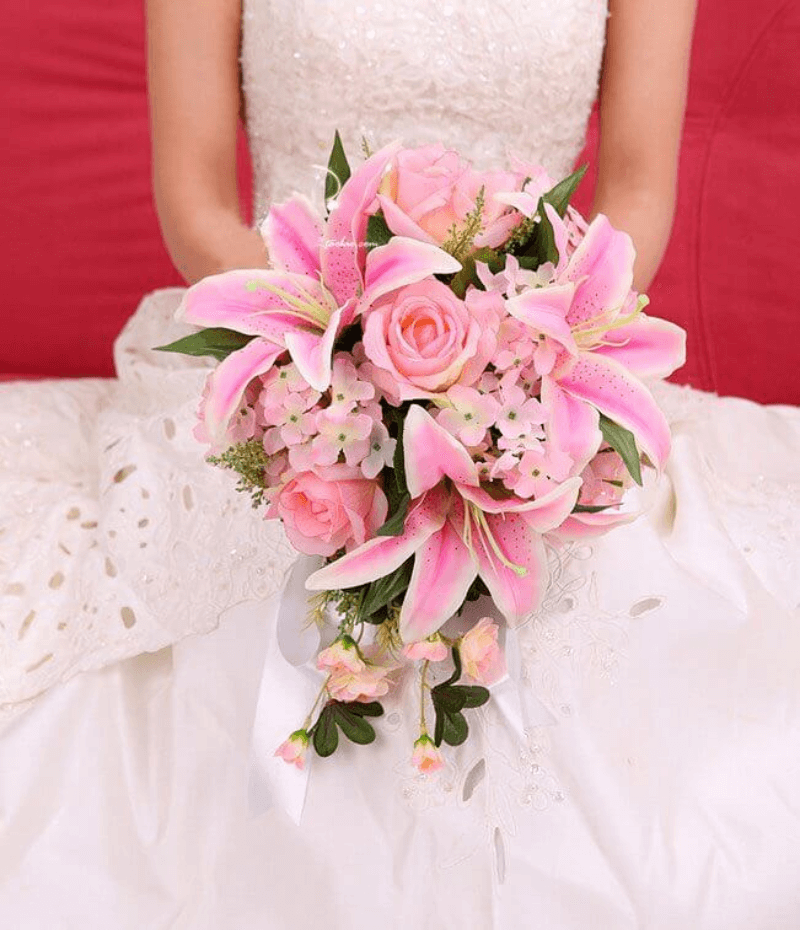 bó hoa ly cưới màu hồng