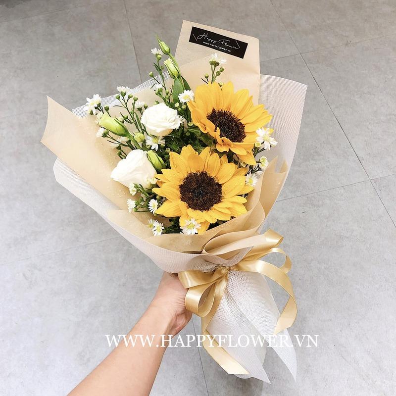 Bó hoa cưới cầm tay vàng hướng dương mix hoa hồng trắng