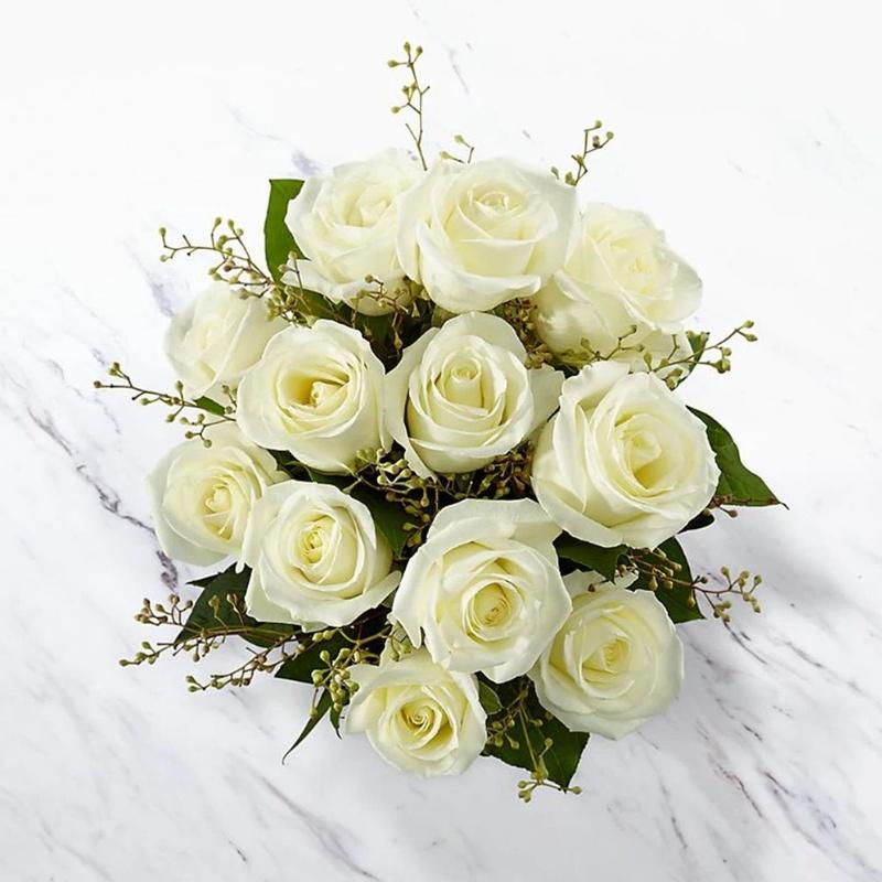 bó hoa hồng màu trắng be nhẹ nhàng