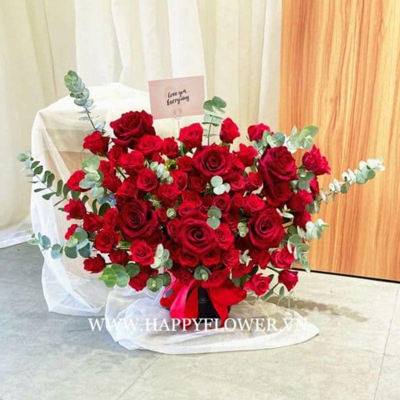 kệ hoa hồng đỏ ecuador