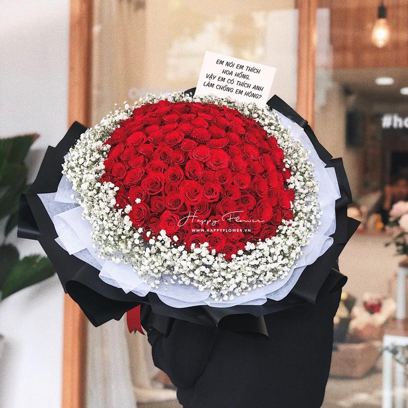 bó hoa hồng đỏ lớn mix hoa baby trắng