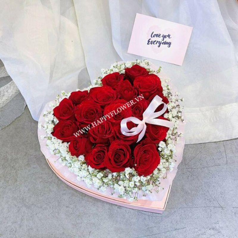 hộp hoa hồng đỏ trái tim