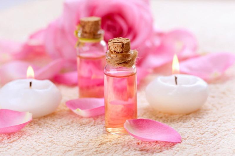 2 lọ nước hoa hồng hỗ trợ tiêu hóa