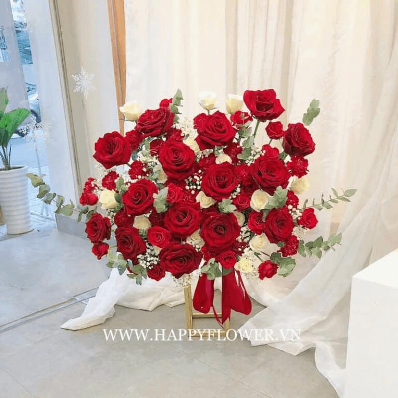 Bó hoa hồng Ecuador đỏ và trắng