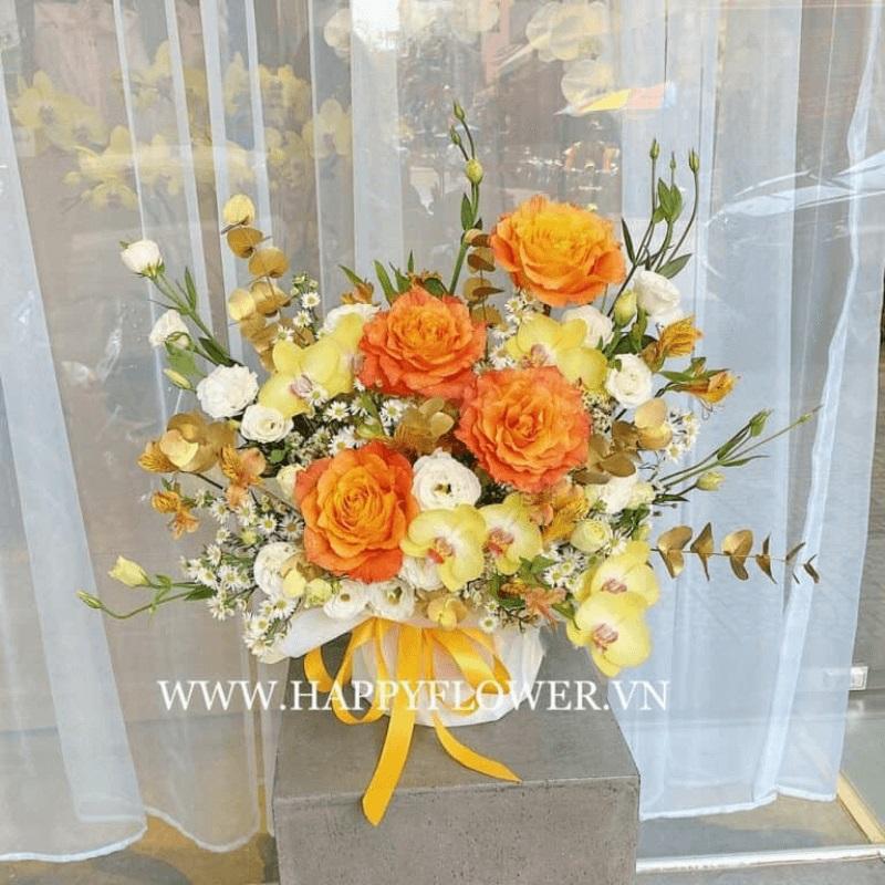 Bình hoa hồng Ecuador cam